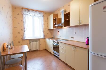 """Комфортабельные апартаменты """"9Ночей - Tomsk"""