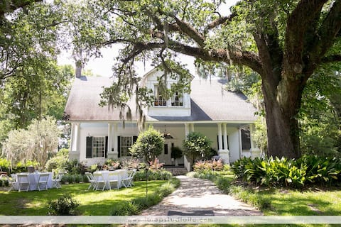 Rent the whole plantation for one low price!