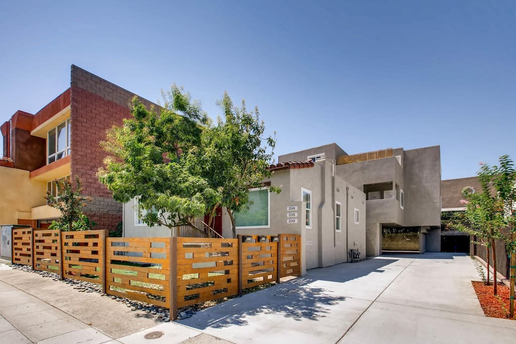 Great Location, With lots of privacy, Street view of property