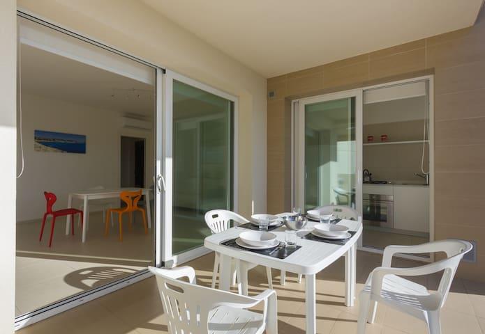 Ground-floor Apartment with fantastic patio
