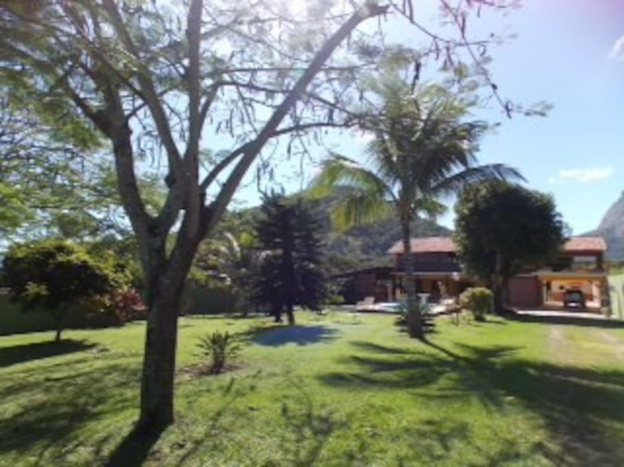 Panoramic view of the house and garden