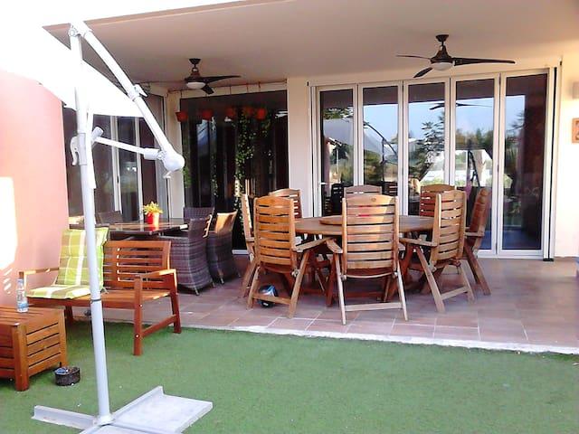Large home in Aglantzia, Nicosia
