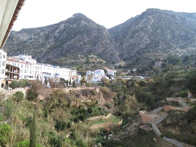 fall asleep to sound of waterfall - Chefchaouen - Apartment