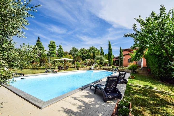 House with private pool, AC 50km from Pisa