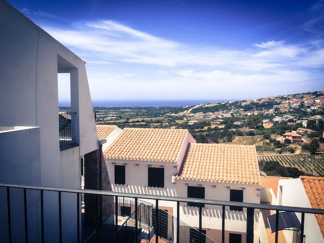 Splendido bilocale vista mare - Stunning sea views
