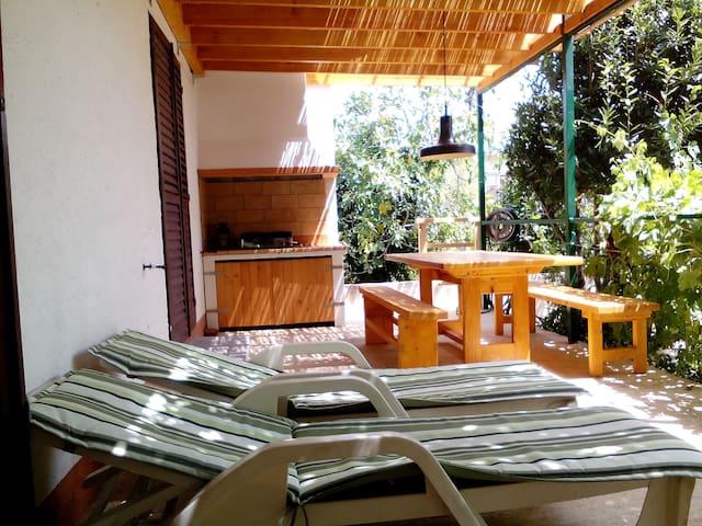 Casa Vacanze OLIVA - Free parking - Raslina, Vodice, Šibenik