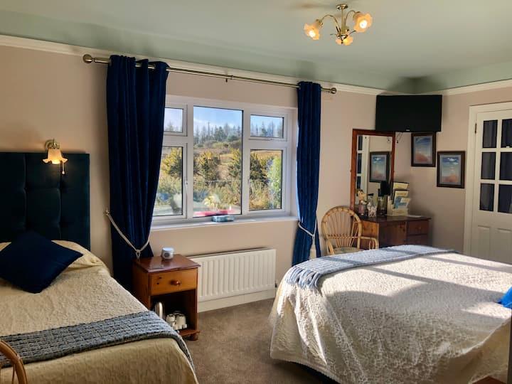 Buttermilk Lodge Double & Single Room (2/3pax)
