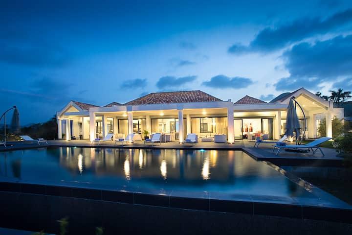 Hope Hill Villa - Monte Verde - Luxurious 4 B/R