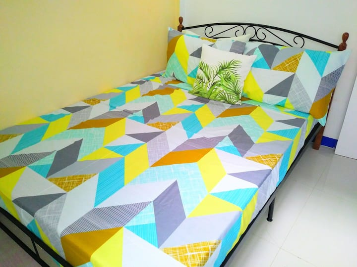 New Comfy Room w/ Private Entrance,Near SM Lanang