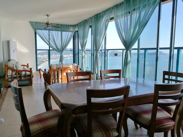 惠州万科双月湾豪华一线正海景套房2房2厅2卫浴 - Huizhou - Lägenhet