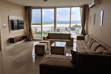 Ganges View 3 Bedroom Apartment in Quiet Area