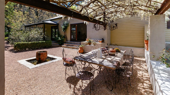 Sticky Fig Retreat, Country gem mins to Terrigal