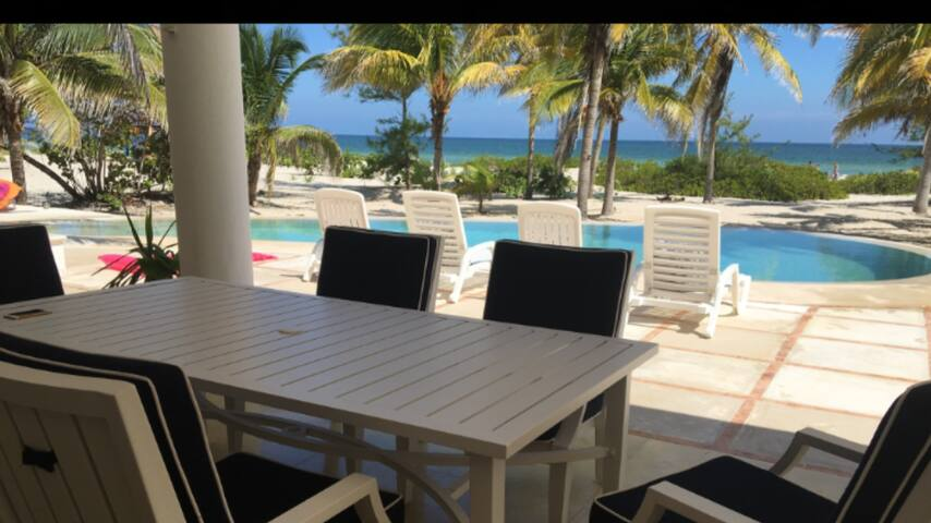 Large private beachfront property with ac and WiFi - Telchac Puerto - Casa