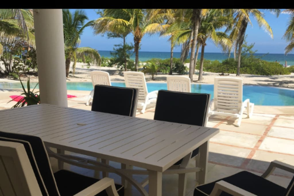 Private large beachfront house with WiFi and AC