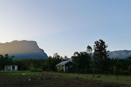 Little Farmhouse with DoiLuang View - Tambon Chiang Dao
