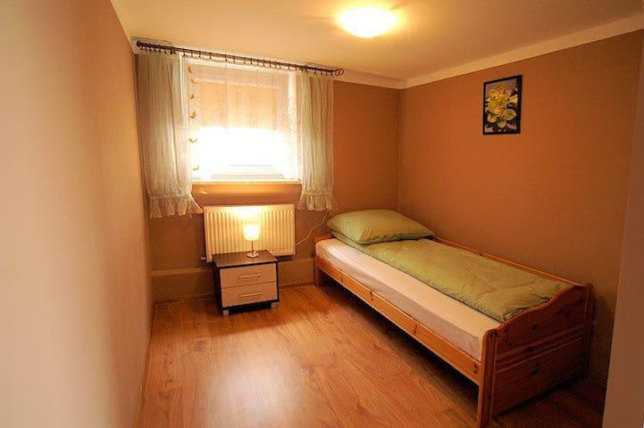 Mieszkanie 4-osobowe, parter Grabina