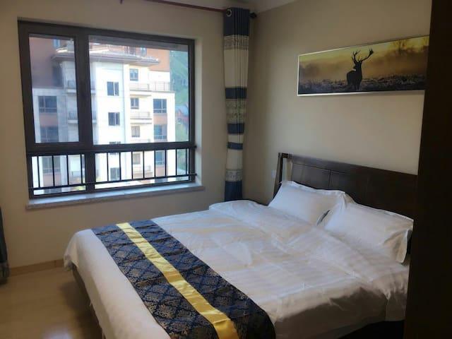 一渡碧桂园九龙湾洋房2室2厅82平