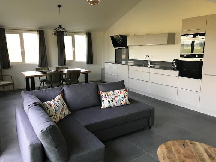Zeer luxe appartement met uitzicht over weilanden