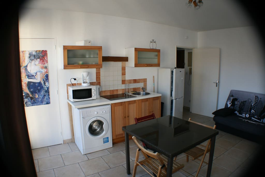 Appartement avignon intra muros libre en juillet for Location meuble avignon