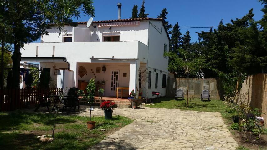 Holiday Home urb. Sant Miquel De Mont-Roig