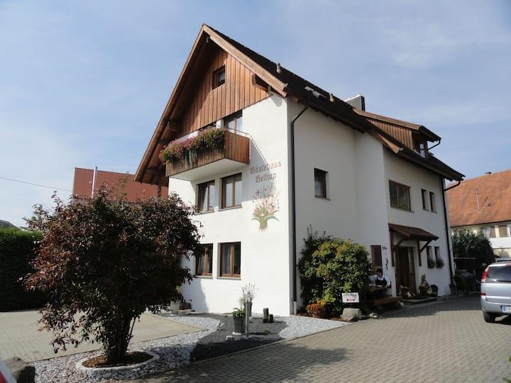 Gästehaus Bettina, (Sipplingen), Doppelzimmer Nebengebäude mit Dusche und WC