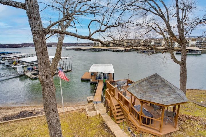Large, updated retreat on the water - Location!
