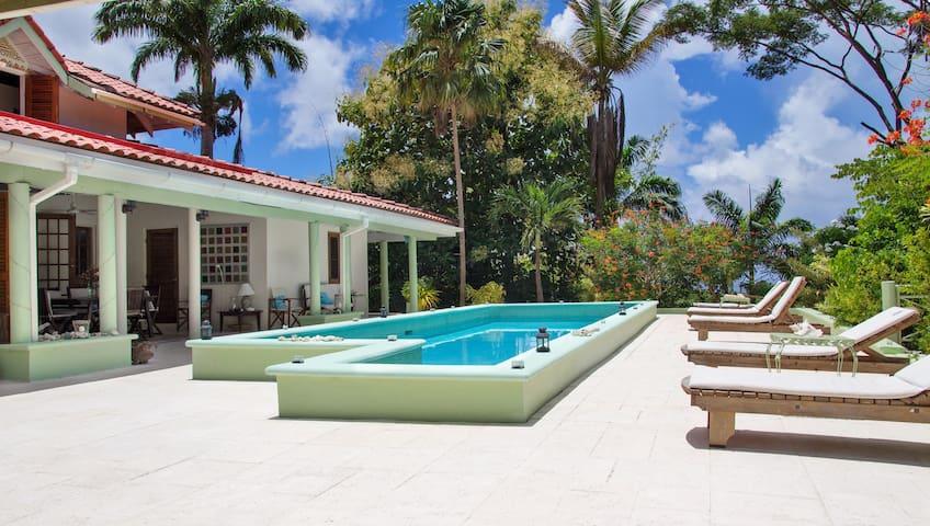 Beautiful villa nr Castara & beach