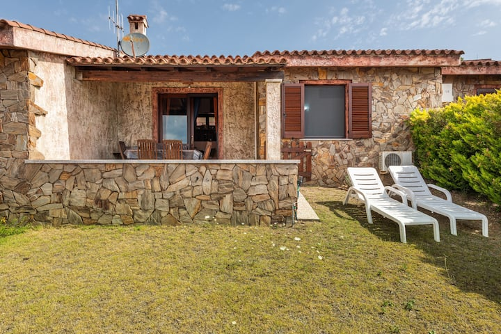 Stylish Country Villa Ginepro with Sea View, Private Terrace & Garden, Shared Pool; Parking Available, Pets Allowed