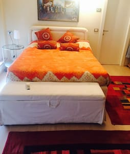 Single upstairs room in a luxury loft - Milano - Loft