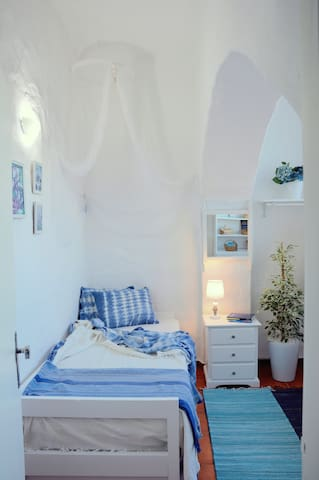 Blue Room (single or double occupancy)