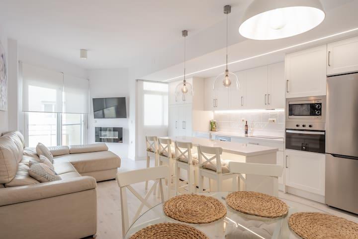 Apartamento reformado y con magnificas vistas.