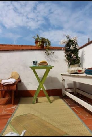 Single idyllic room, best location - Barcelona