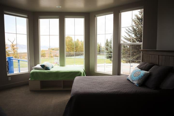 Sunrise Room #204 - at Harbor Village
