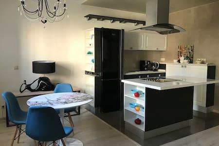 Квартира-студия бизнес-класса Forest View