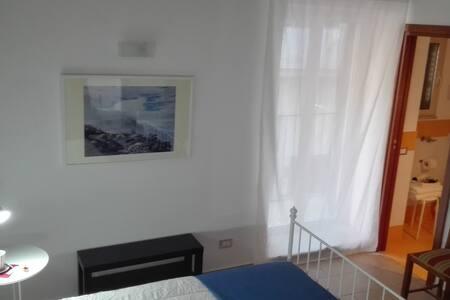 """Tirituppiti"" - Monreale - Lägenhet"