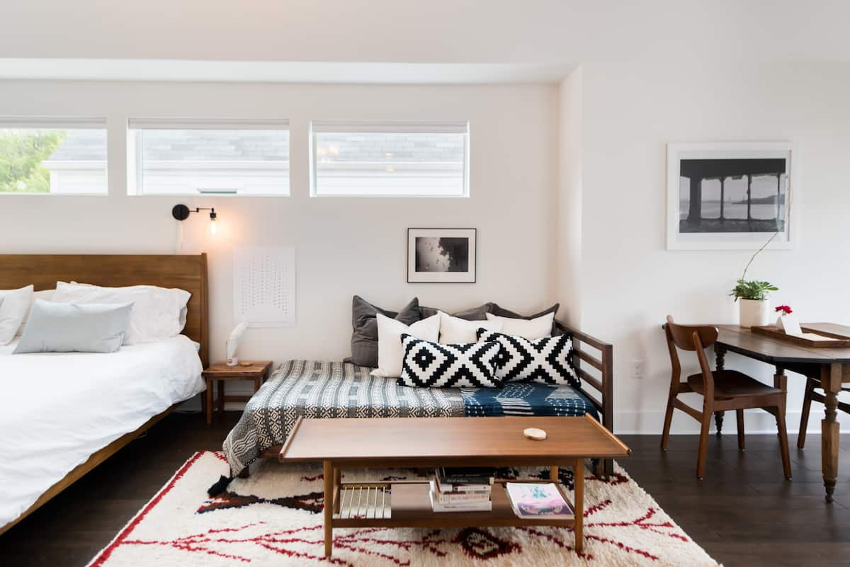 Private and Hip Centrally Located East Austin Guesthouse