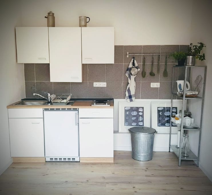 Fully equipped kitchen. Pots, pans, dishes, silverware, etc... Fridge and stove for preparing meals is available. Complimentary coffee included to enjoy a cup of Joe in the morning :)