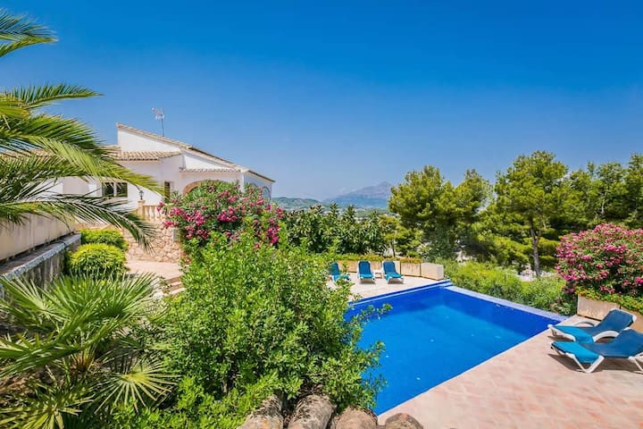 Superb Villa. Panoramic Sea And Countryside Views