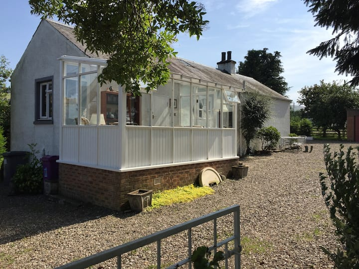 Caliscotia Cottage, Glamis 3 miles, Conservatory