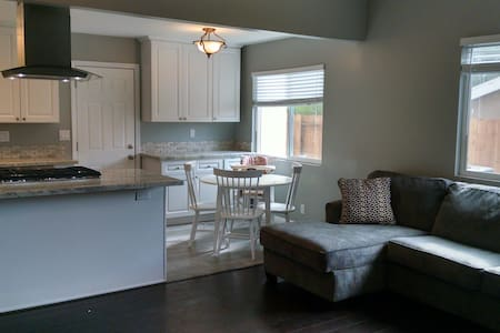 Newly Remodeled Home Close to Beach - Encinitas