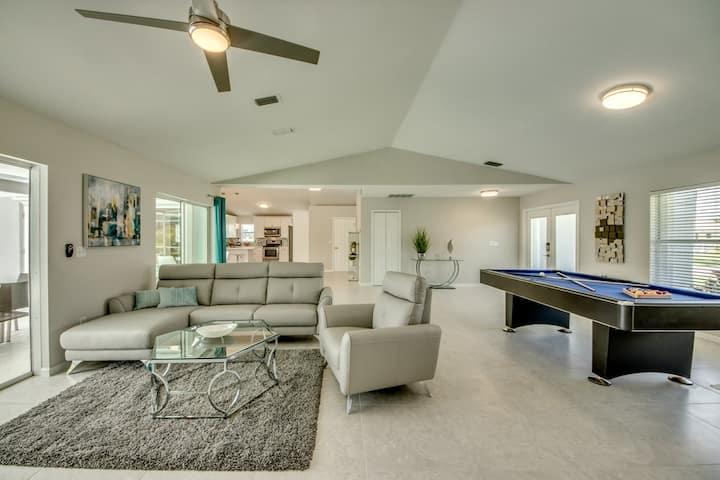 Villa Sunset Avenue top price, pool, pool table