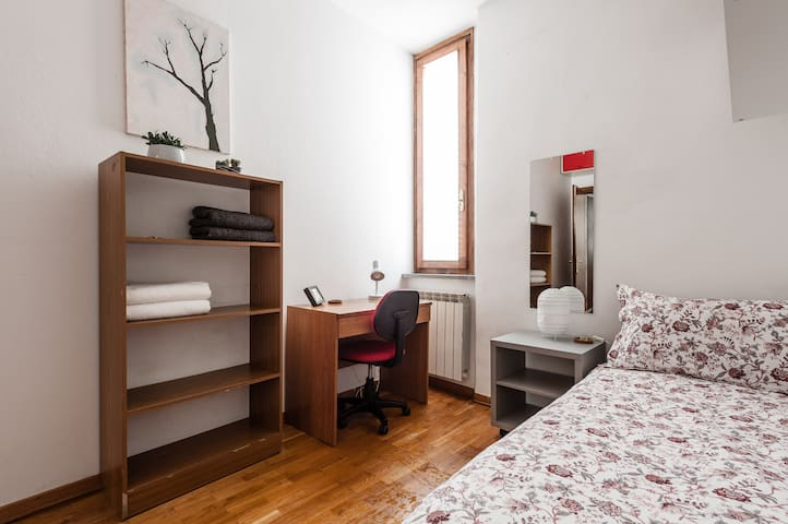 Clean & Private - Near Pisa Central Station