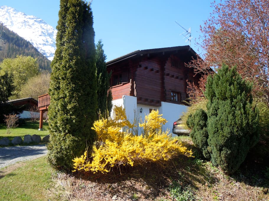 Chalet Charme in summer