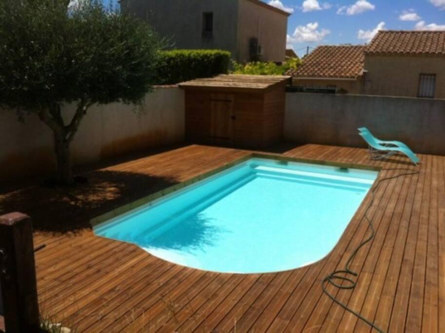 Villa en provence avec piscine villas for rent in for Camping alpes de hautes provence avec piscine