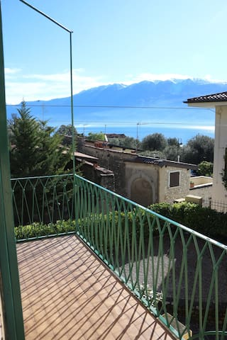 """Baldo"" lake view terrace - Gargnano - Apartment"