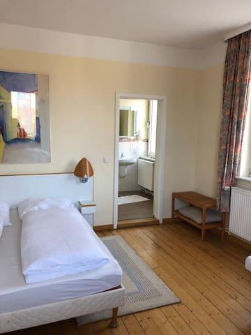 Hotel C'est la vie