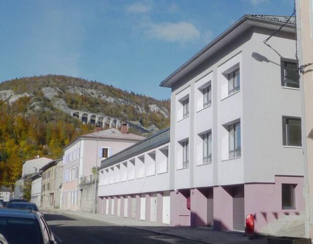 Chambre agréable proche station Les Rousses - Morez - Apartemen
