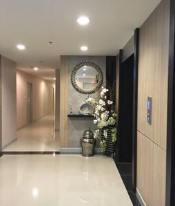Nearly BTS phonimit (s9) 320m. - บุคคโล - 公寓
