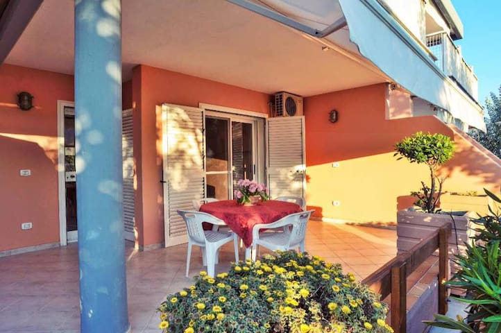 Flat on Gargano's beaches/Appartamento sul Gargano