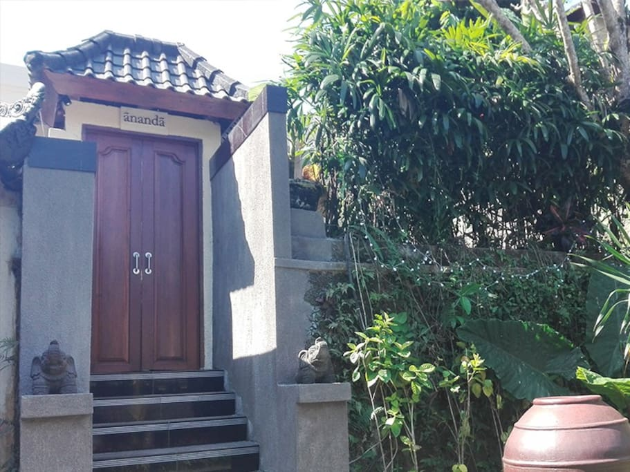 Welcome to Villa Ananda